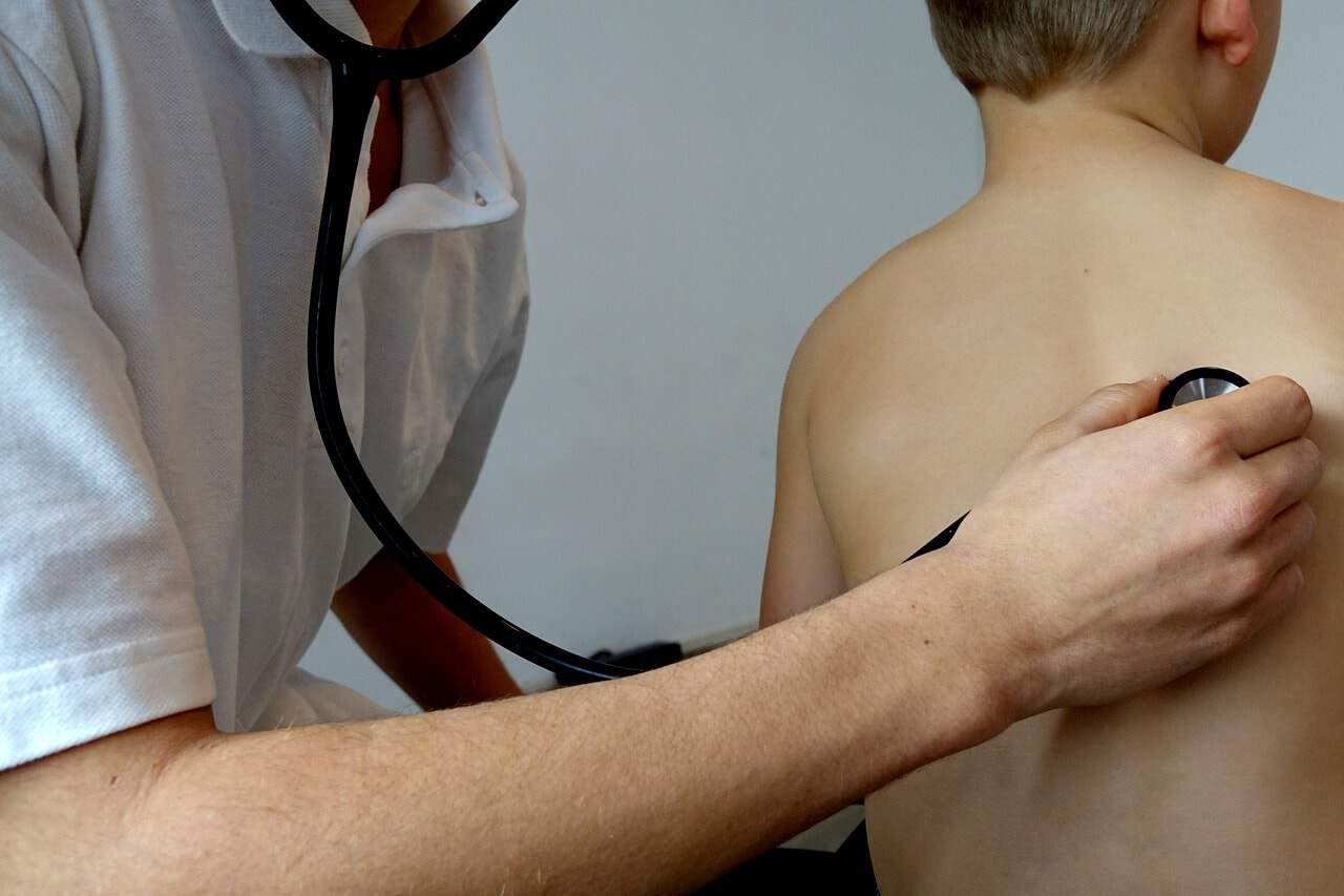 maladie moustique enfant